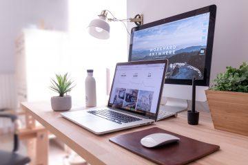 Ecran d'ordinateur pour service en ligne entreprise