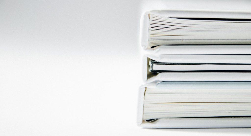 pile de trois livres