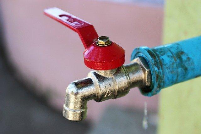 robinet eau à valve